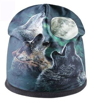 This new Wolf cap features 3 beautiful Wolves.